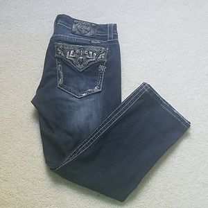 MISS ME SIGNATURE CROPPED STUD JEANS